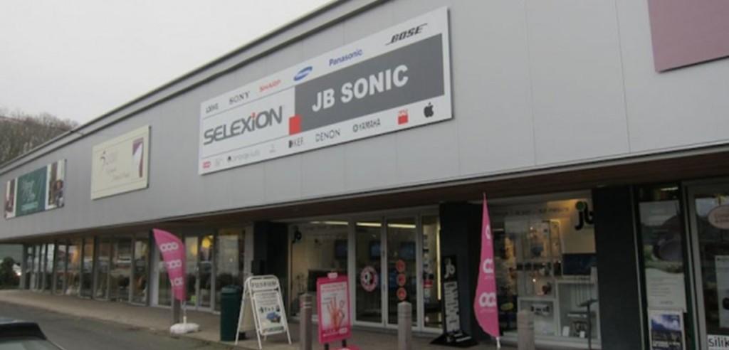 JB Sonic Genval Openingsuren