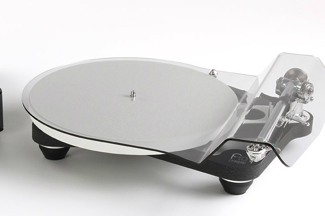 Rega P10 review