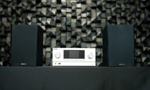 KENWOOD M-9000S: Review
